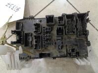 Блок предохранителей Pontiac Vibe I 2002 - 2008